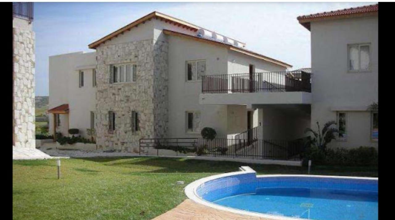 Two bedroom apartment in Oroklini