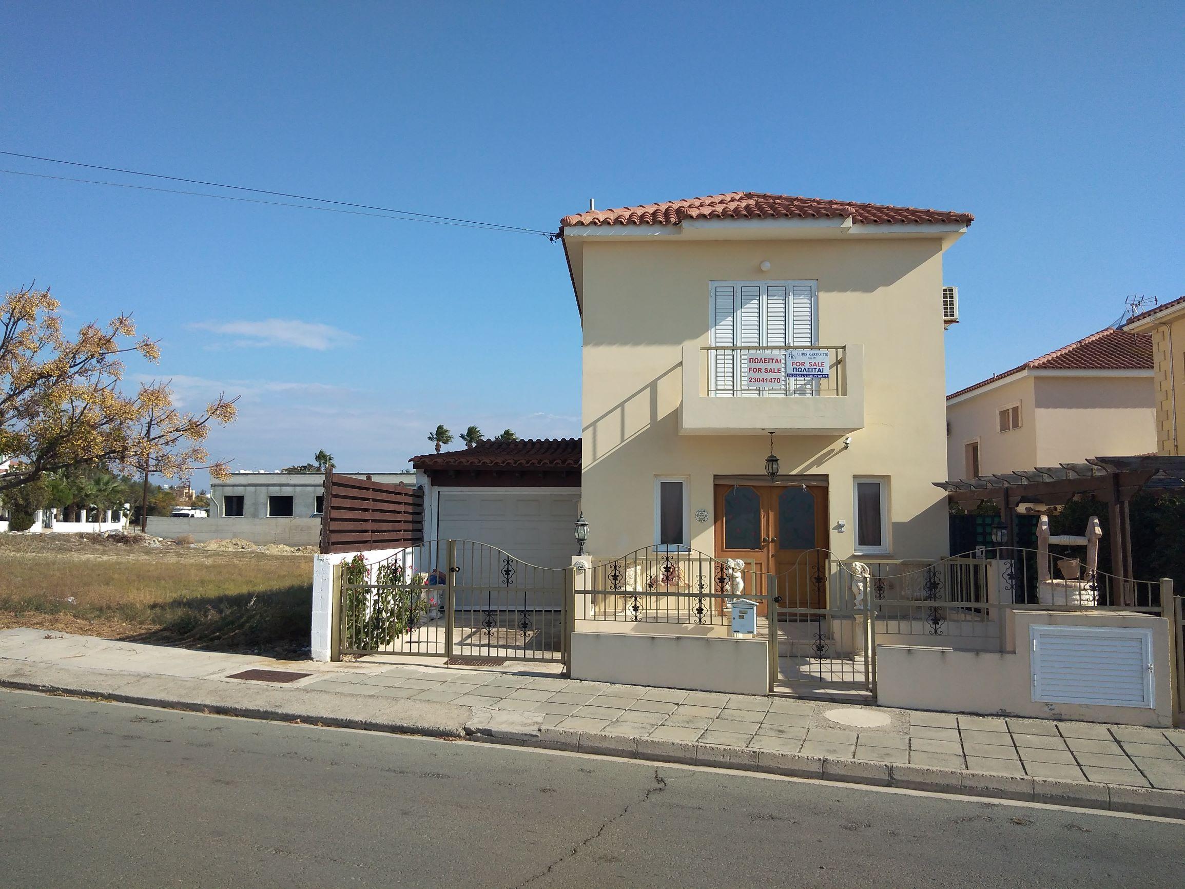 3 bedroom detached house in Oroklini.